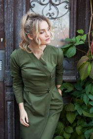 Sujuosiama samaninė suknelė, užsegama užtrauktuku chaki dress zipper evadesignlt