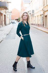 zalia suknele smaragdine suknele puosni suknele stilinga suknele